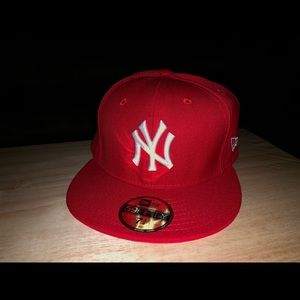 Red NY Yankees fitted size 7 3/4